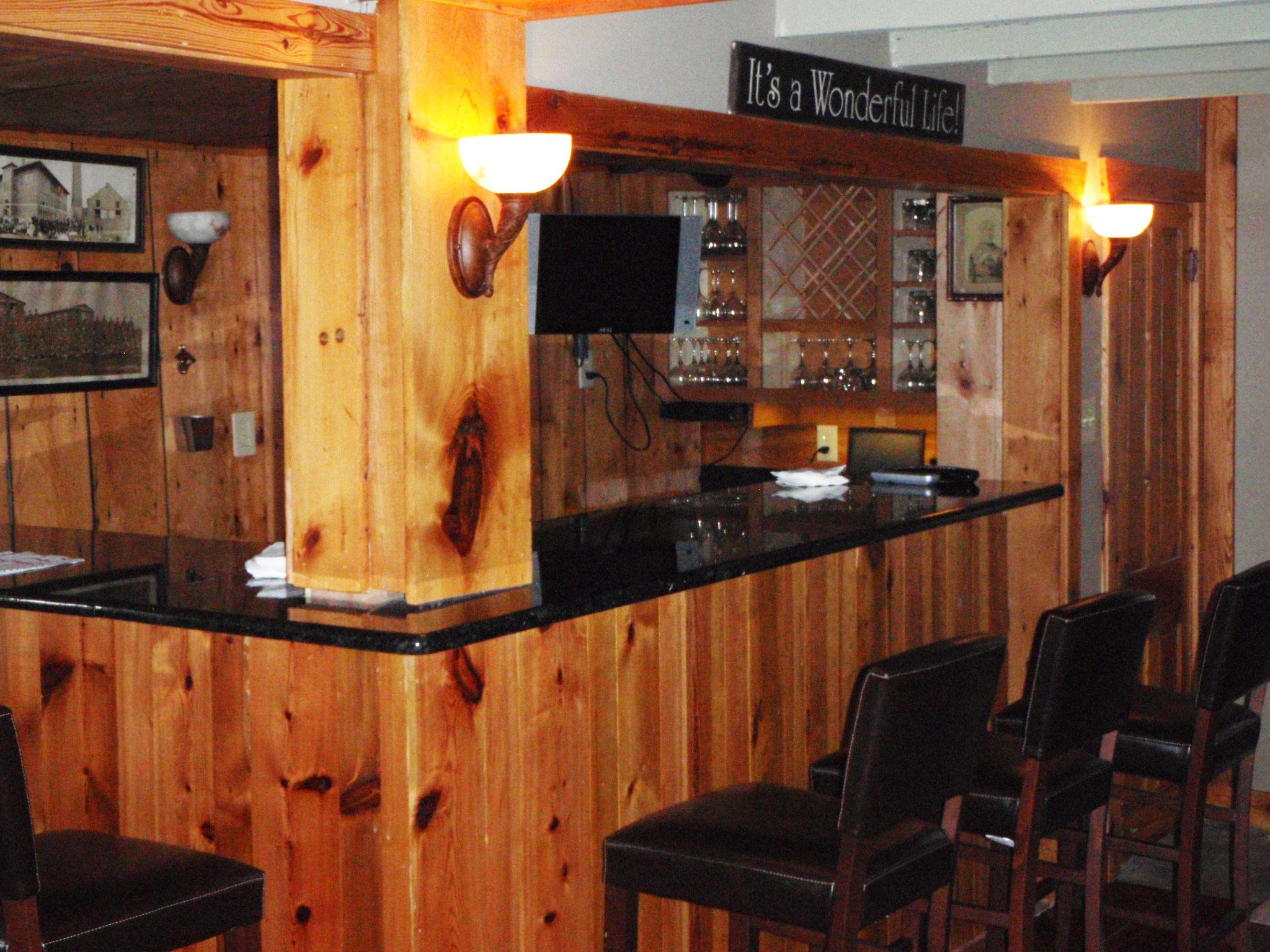 horizons hospitality mountain valley retreat center bar
